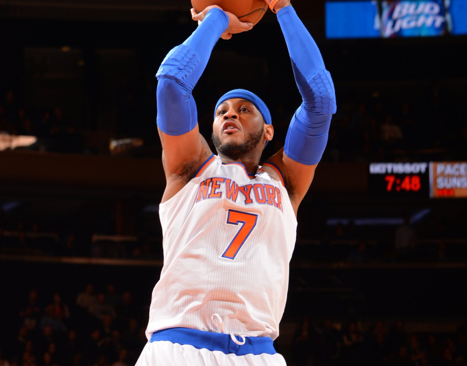 Carmelo anthonys mid range game basketball society carmelo anthony is one of the best scorers we have in the game today offensively theres nothing he cant do whether its posting up shooting the three voltagebd Choice Image