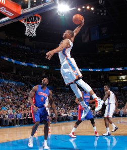 Russell-Westbrook-Dunk-10