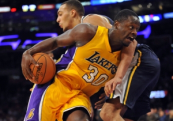 julius-randle-nba-preseason-utah-jazz-los-angeles-lakers